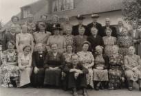Groep Dames met chauffeur Reinder Paulusma