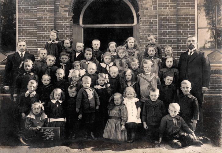 Lagere School, ca.1919